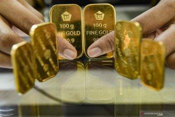 Giliran harga emas tergelincir tertekan kenaikan ekuitas meski kasus virus meningkat