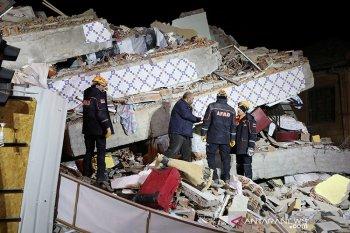 Enam orang tewas dan 202 luka-luka dalam gempa di Turki