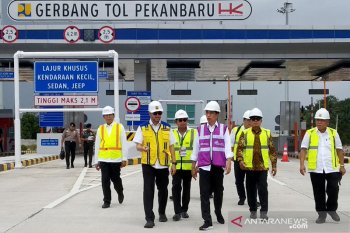 Presiden resmikan Jalan Tol Pekanbaru-Dumai