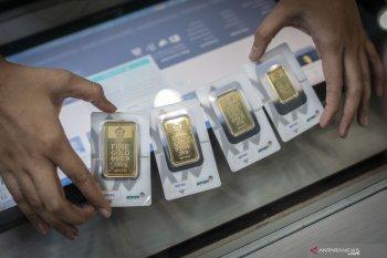 Harga emas Antam turun Rp2.000 per  gram