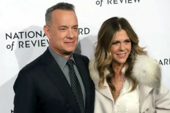 Tom Hanks dan Rita Wilson isolasi diri dalam rumah sewaan