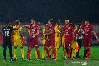 Dengan klub Liga 1 dan 2, PSSI akan bahas tiga opsi lanjutan kompetisi