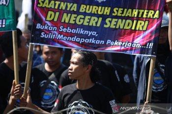 Mobilisasi Massa Dalam Polemik Omnibus Law