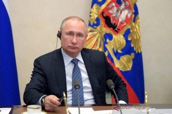 Khabib Nurmagomedov diundang Presiden Vladimir Putin ke Kremlin