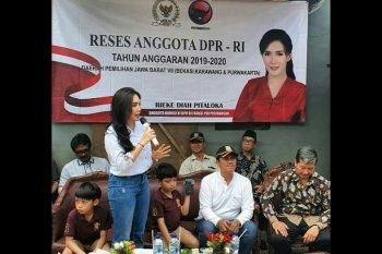 Politisi Rieke Diah Pitaloka dukung riset COVID-19