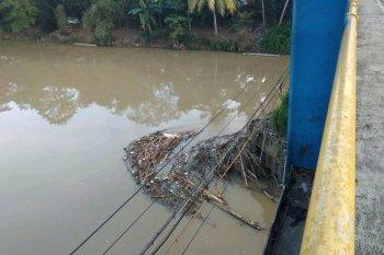 Kepala BPBD Lebak ajak warga lestarikan sungai Ciberang-Ciujung