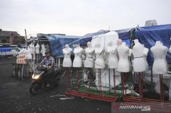 Penutupan pasar Tanah Abang Jakarta