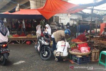 Pasar tradisional Depok terapkan belanja daring