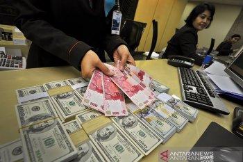 Rupiah pada akhir pekan melemah di tengah penguatan mata uang kawasan