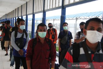 4.444 TKI dari Malaysia pulang lewat Riau