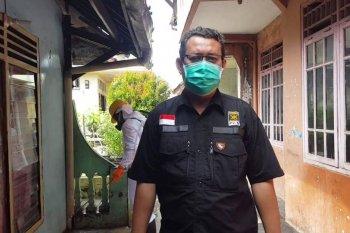 PKS Lebak semprot disinfektan pemukiman warga cegah penyebaran COVID-19