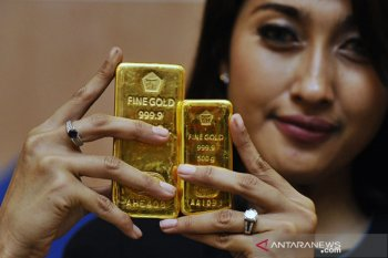 Harga emas Antam naik Rp6.000/gram menjadi Rp920.000 per gram