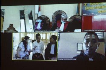 Penyelundup 3 kg sabu asal China dituntut 20 tahun di Bali