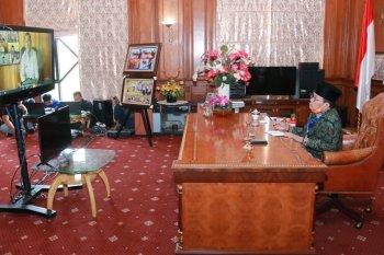 Gubernur Jambi beri arahan kepala daerah soal penanganan COVID-19 melalui video conference