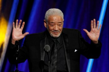 "Penyanyi ""Lean on Me""  Bill Withers meninggal dunia"