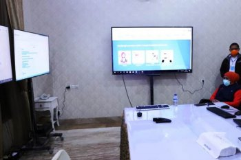 E  Java governor turns official residence into COVID-19 command center