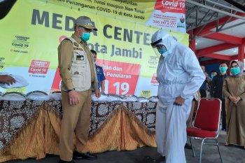 Kota Jambi bantu  1.000 APD untuk petugas garda terdepan penanggulangan COVID-19
