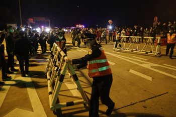 """""""Lockdown"""" Wuhan resmi berakhir"""