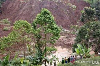 Tiga hektare lahan pertanian di Sukabumi gagal panen diterjang longsor