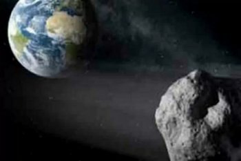 Perhatian, Asteroid Apollo melintas dekat bumi jelang lebaran
