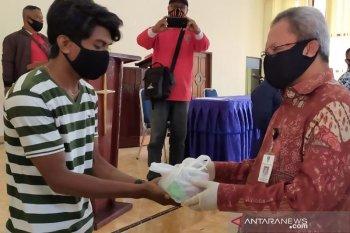 Belasan warga Kota Ambon dipulangkan usai jalani isolasi