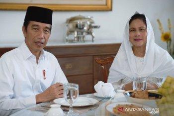 Presiden Jokowi dan Ibu Negara mengucapkan selamat Idul Fitri 1441 H
