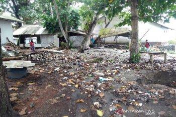 Pantai di Tasikmalaya dan Pangandaran dilanda banjir rob