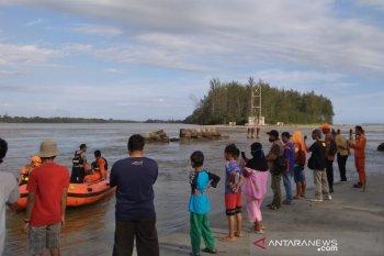 Empat pelajar Bengkulu tenggelam di laut, satu orang hilang