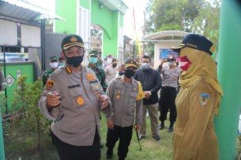 Polda Jatim tinjau kesiapan kampung tangguh di Kediri.