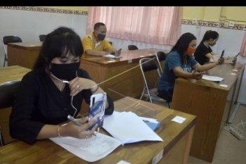 Tes wawancara calon siswa SMK lewat daring