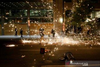 40 kota di Amerika, termasuk Washington, berlakukan jam malam