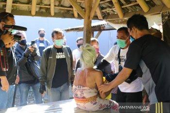 Undiksha lakukan aksi sosial di desa-desa saat COVID-19