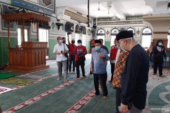 Ketum DMI Jusuf Kalla shalat ashar berjamaah di Masjid Agung Al Azhar