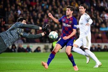 Manchester  City sudah beri tahu Barcelona minati Sergi Roberto