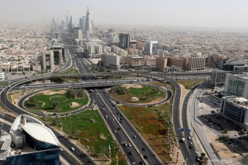 Jam malam dicabut, kasus COVID-19 di Arab Saudi dan UAE naik