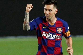 Messi cetak gol ke-700 dari titik penalti ke gawang Atletico Madrid