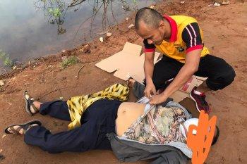 Asyik mancing, seorang pria tergeletak di Sawah Untar