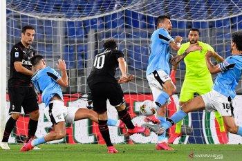 Lazio berupaya saingi  Juventus, namun diganggu AC Milan