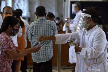 Gereja Katedral Denpasar buka kembali peribadatan dengan protokol kesehatan