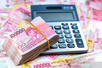 Rupiah menguat menjelang pengumuman hasil rapat Bank Indonesia