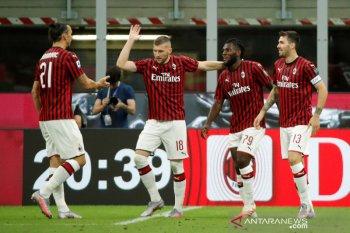 Drama empat gol tersaji saat Napoli menjamu Milan