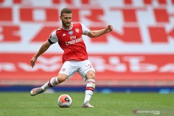 Mikel Arteta ingin Mustafi perpanjang kontrak dengan Arsenal