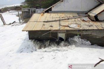 42 rumah  di Meulaboh Aceh Barat rusak akibat banjir rob