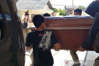 Jenazah terduga teroris  ditembak di Sukoharjo diambil keluarganya