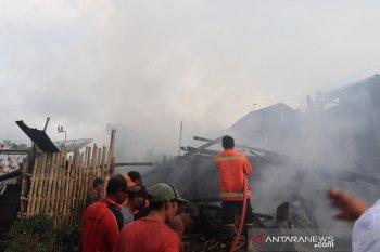 Kebakaran hanguskan rumah warga Dusun Curup