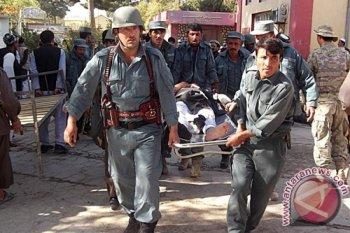 Bom bunuh diri di pusat pendidikan Kabul tewaskan  24 orang