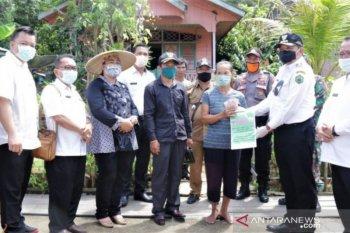 1.188 warga pedalaman dapat bantuan dampak COVID-19