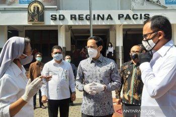 Menteri Pendidikan tinjau pelaksanaan pembelajaran jarak jauh di Bogor
