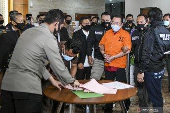 """Polisi tangkap Djoko Tjandra """"asli"""" (bukan hoaks)"""