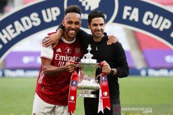 Liga Inggris: Arteta tak mau dianggap berjasa atas keputusan Aubameyang bertahan